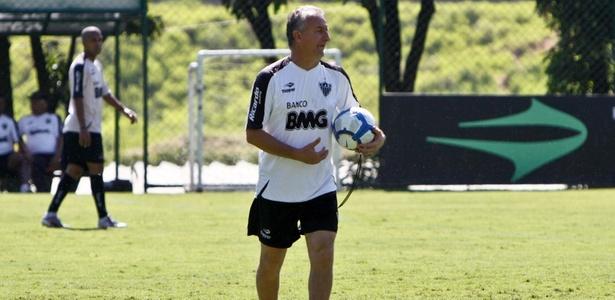 Atlético-MG inicia ano com  caras novas  e Cruzeiro aposta em ... 7a4cfe8451067