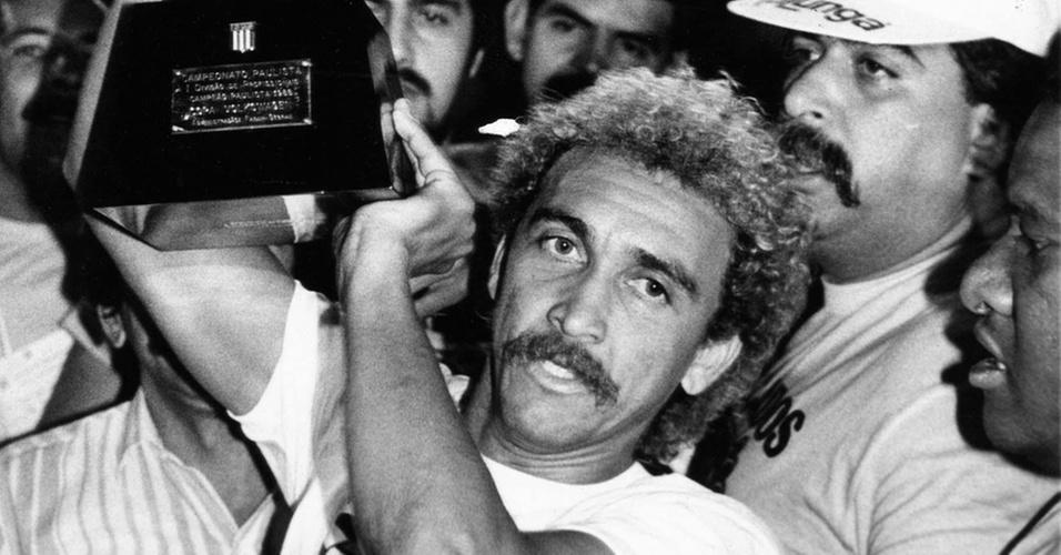 Biro-Biro celebra título paulista de 1988