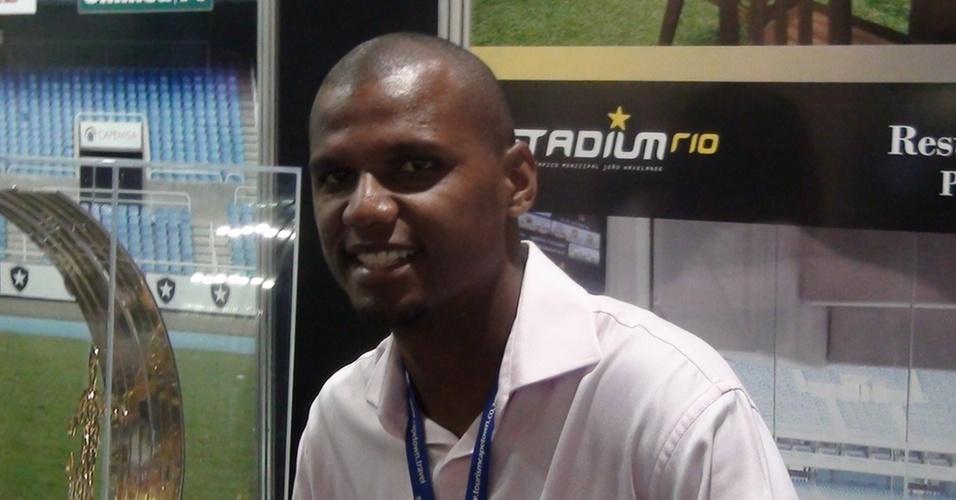 Goleiro Jefferson posa para a foto durante o Soccerex