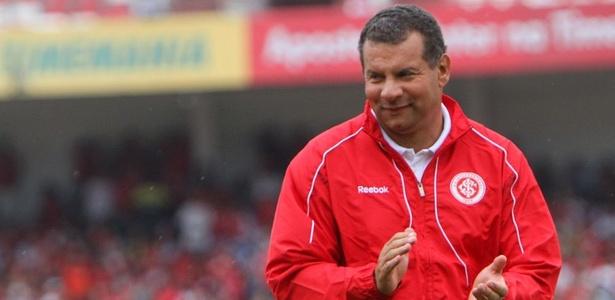 Treinador estava desempregado desde a saída do Vasco, em agosto do ano passado