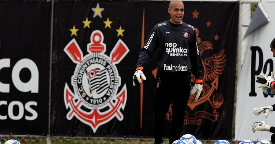Julio Cesar treina no Corinthians