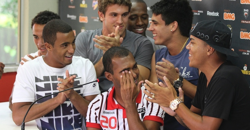 Richarlyson chora em sua última entrevista pelo São Paulo