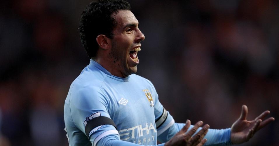 Carlos Tevez comemora gol pelo Manchester City