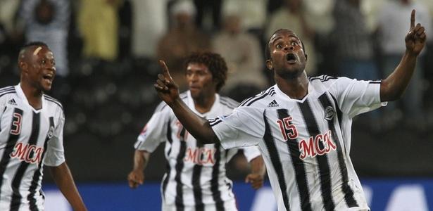 Dioko Kaluyituka (15) marcou 2º gol do Mazembe no fatídico jogo contra o Inter