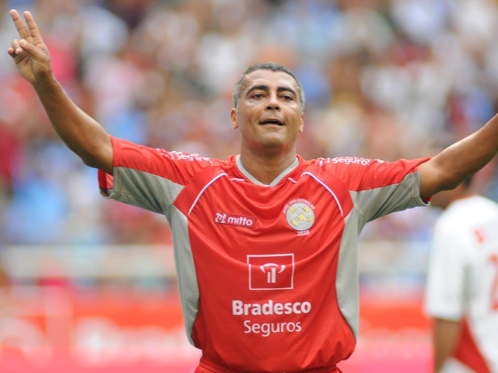 Romário comemora um gol no Jogo das Estrelas