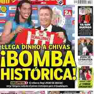 Contratação de Ronaldinho pelo Chivas foi apenas uma das brincadeiras do  Dia dos Santos Inocentes Imagem  Reprodução a60fab161e4a1