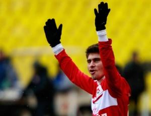 Alex, meia do Spartak Moscou, comemora gol na Rússia; meia já disse que quer voltar ao Brasil