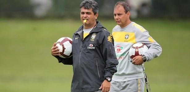 Ney Franco comanda o treino da seleção sub-20 do Brasil na Granja Comary