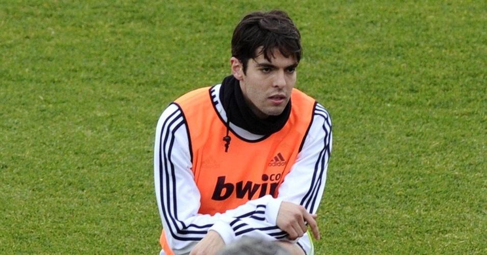 Kaká já treina normalmente junto com seus companheiros, sob o comando de José Mourinho