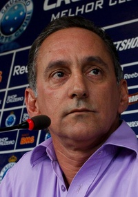 Dimas Fonseca quer anunciar atacante nesta quinta-feira