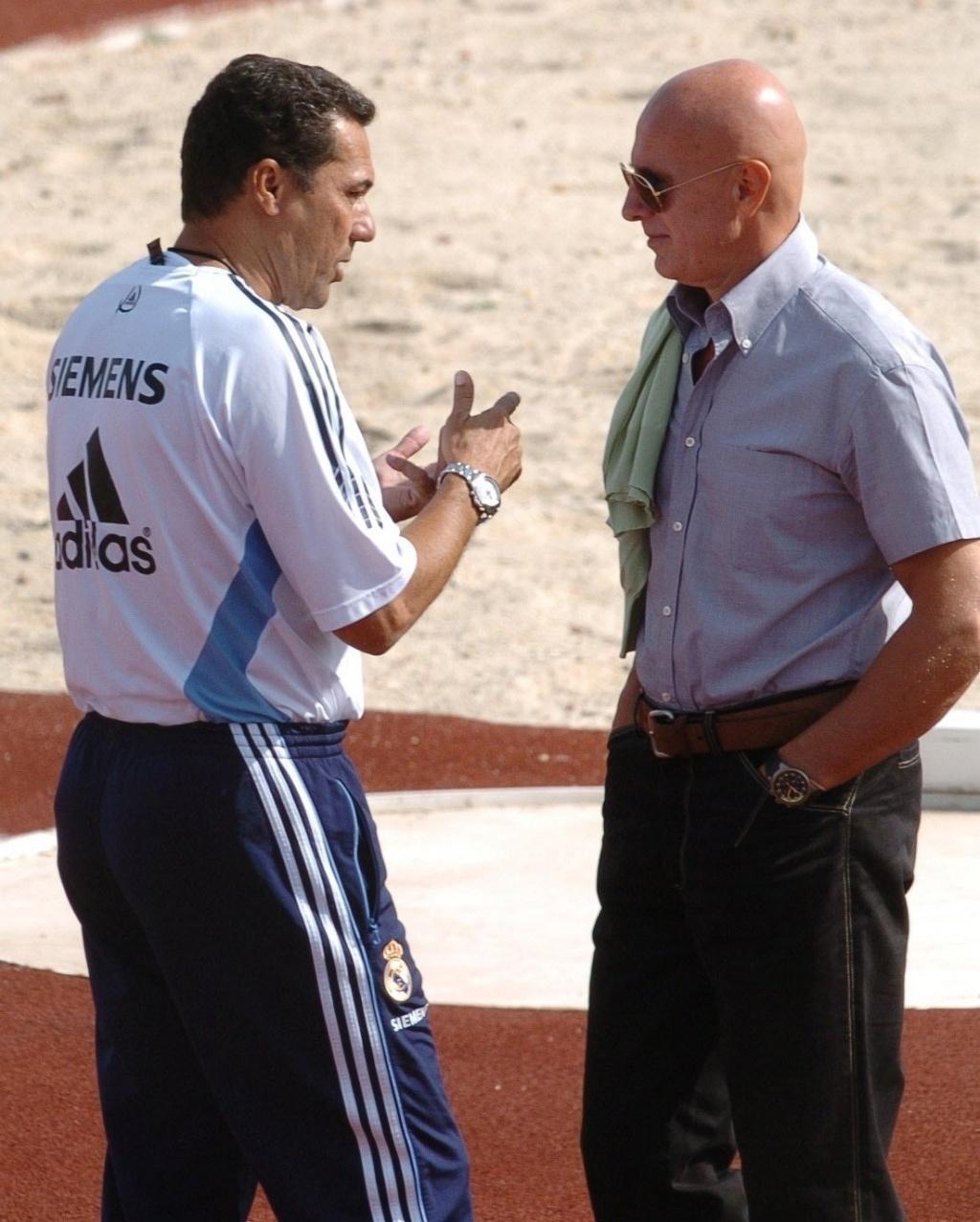 Vanderlei Luxemburgo conversa com Arrigo Sacchi durante treino do Real Madrid