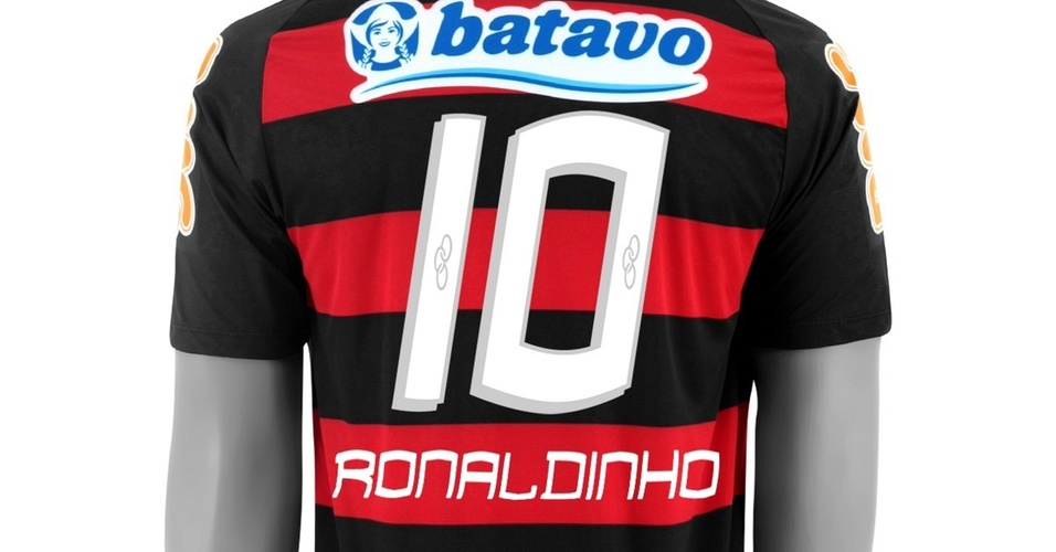 Flamengo vende camisa de Ronaldinho com o número 10