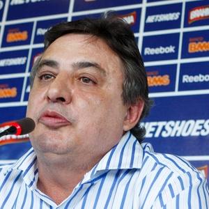 Suplente de Itamar, Zezé Perrella foi acusado de lavagem de dinheiro e enriquecimento ilícito - Washington Alves/Vipcomm