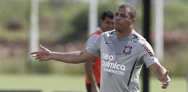 Acordo colocou empresas da Hypermarcas, como a Neoquimica, na camisa do Corinthians