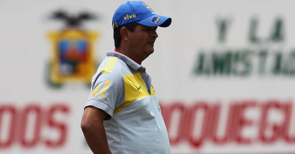 Ney Franco comanda a seleção brasileira sub-20 na partida contra a Bolívia em Moquegua