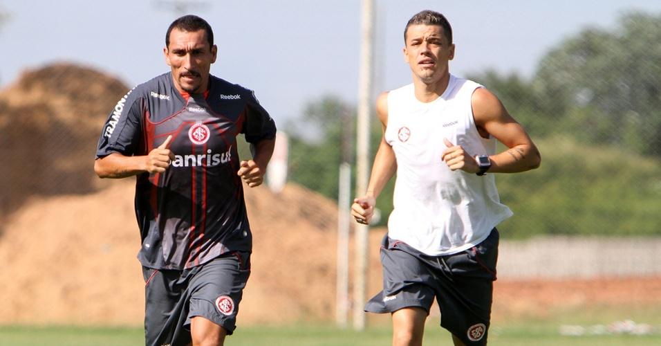 Guiñazu e D'Alessandro realizam treinamento físico
