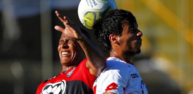 Briga pelos direitos de transmissão embola o meio campo esportivo - EDUARDO MARTINS/AGÊNCIA A TARDE