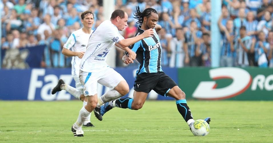 Carlos Alberto na estreia no Grêmio contra o Novo Hamburgo