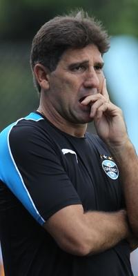 Técnico do Grêmio Renato Gaúcho na partida contra o Novo Hambugo