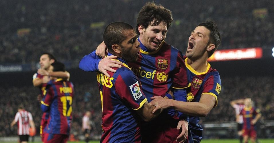Messi, Villa e Daniel Alves comemoram vitória do Barcelona contra o Athletic Bilbao
