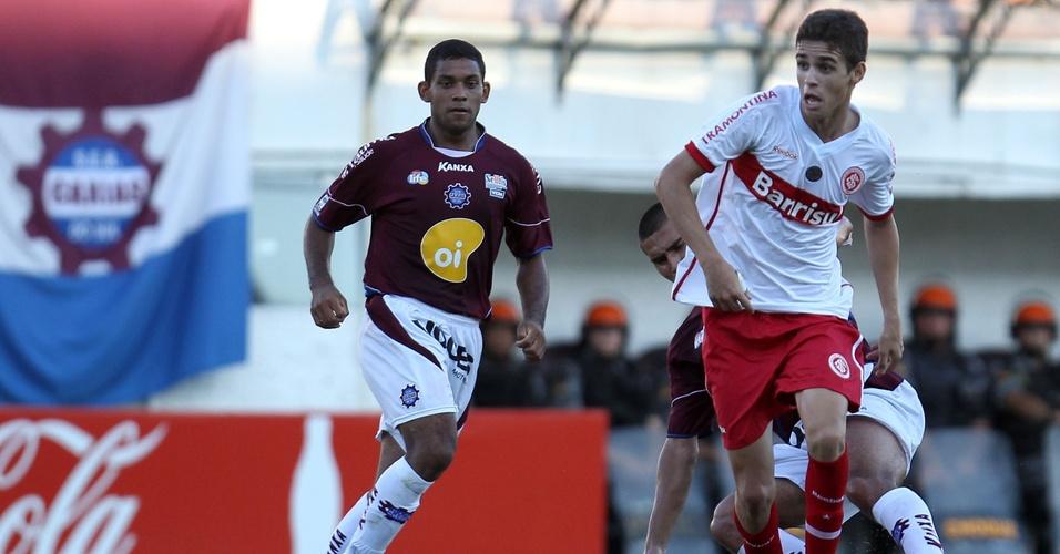 Meia Oscar do Inter na partida contra o Caxias pelo segundo turno do Gauchão