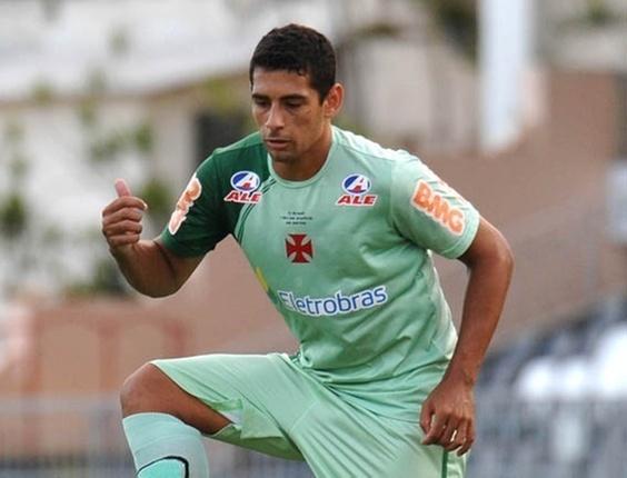 Diego Souza, meio-campo do Vasco