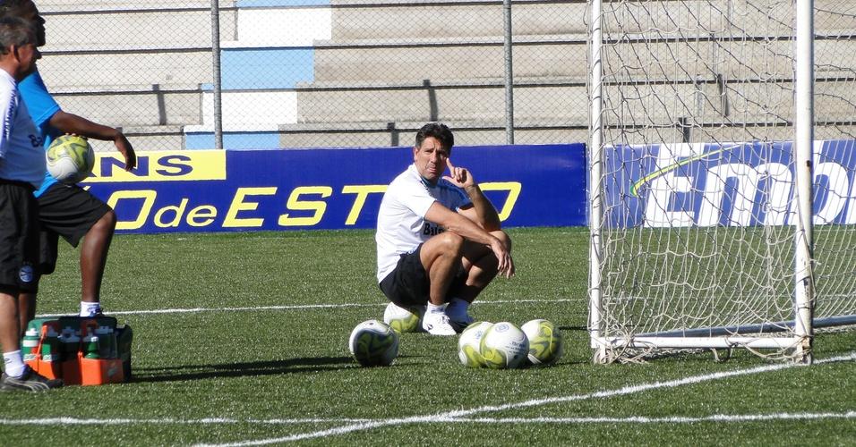 Técnico Renato Gaúcho no treino preparatório para a partida contra o Porto Alegre pelo Campeonato gaúcho