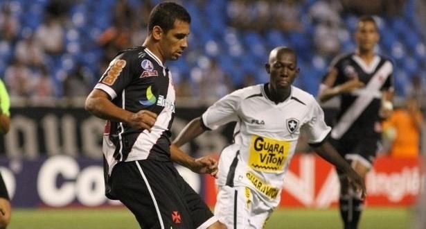 Diego Souza faz sua estreia pelo Vasco no clássico diante do Botafogo