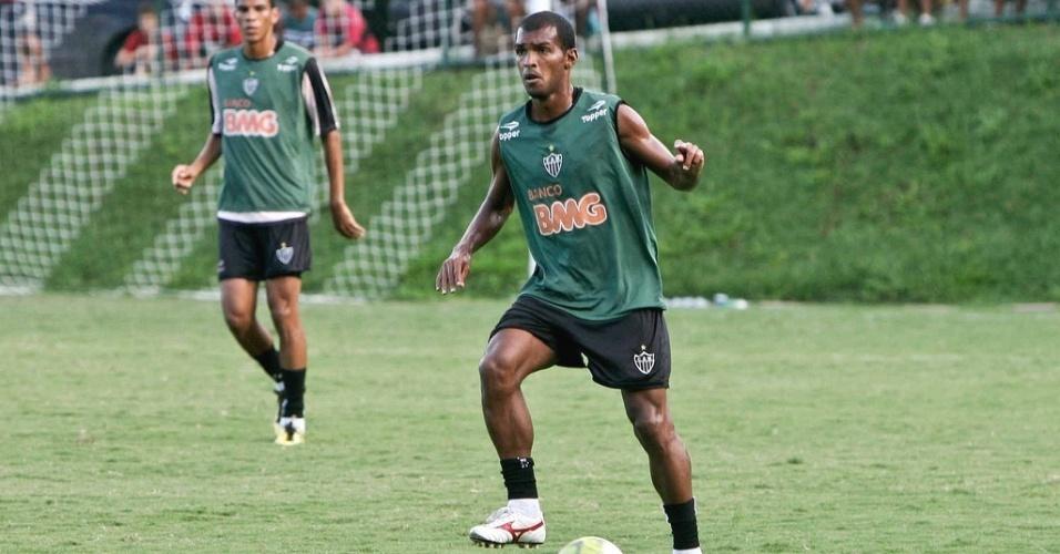 Richarlyson durante treino do Atlético-MG