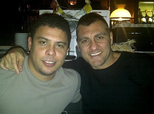 Ronaldo e Vieri juntos na Itália