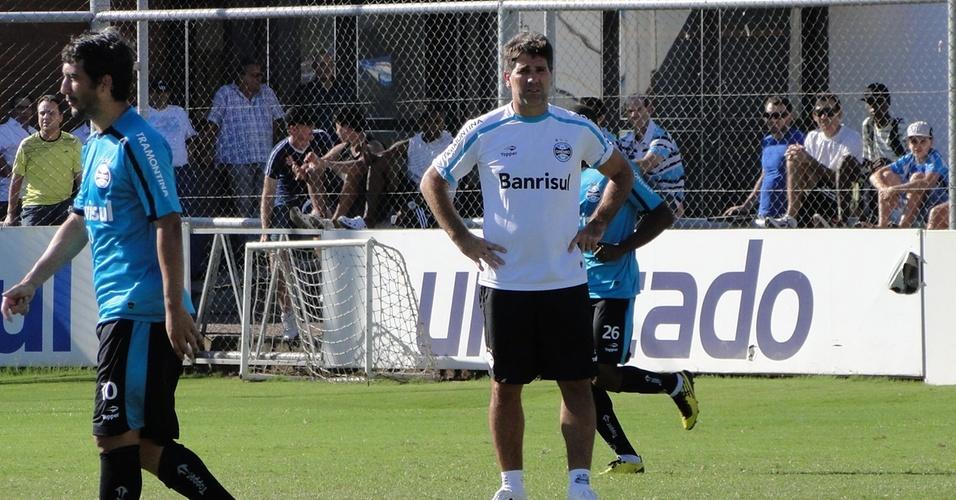 Técnico Renato Gaúcho no treinamento do Grêmio