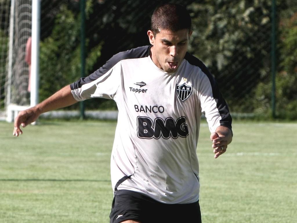 Ricardinho durante treino do Atlético-MG