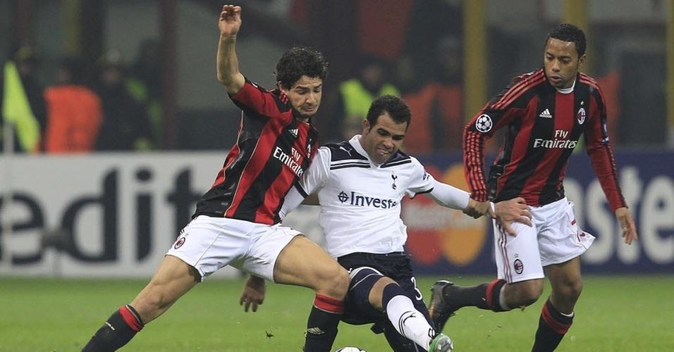 Sandro enfrenta Pato e Robinho em jogo Tottenham x Milan na Liga dos Campeões