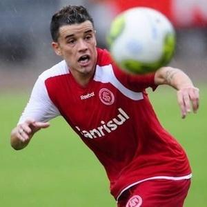 D'Alessandro em ação no treino do Inter