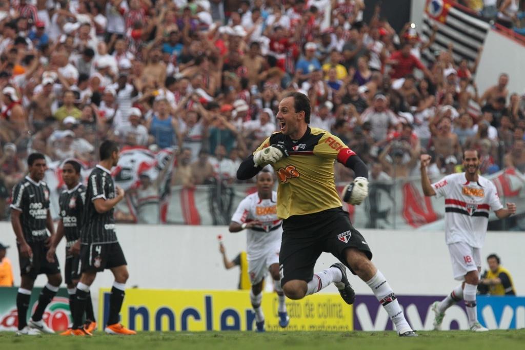 Rogério Ceni marca contra o Corinthians e atinge seu 100º gol na carreira (27/03/11)