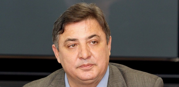 Zezé Perrella foi presidente do Cruzeiro durante quatro mandatos - Divulgação/Vipcomm