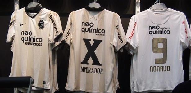 Corinthians usa número 10 em romano em camisa de Adriano