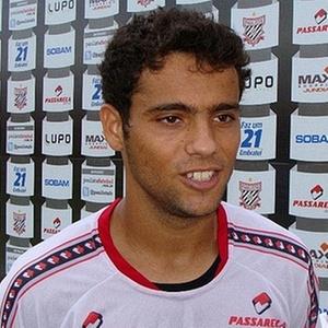 Weldinho se destacou durante vitória do Paulista sobre o São Paulo, quando marcou um gol em Rogério Ceni e participou de outros dois