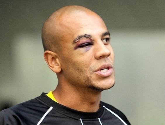 Alex Silva para Desafio UOL