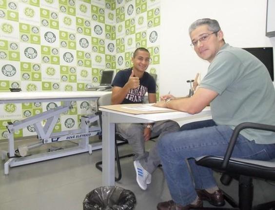 Wellington Paulista conversa com o médico Otávio de Vilhena (07/04/2011)