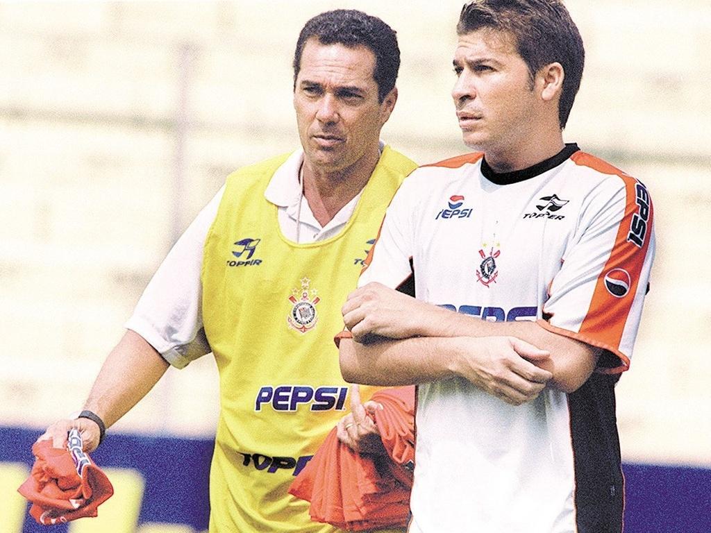 Luxemburgo e Luizão nos tempos em que os dois estavam no Corinthians, em 2001