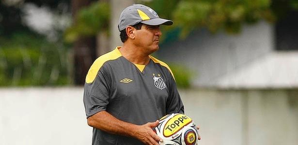 Muricy Ramalho comando treino do Santos (08/04/2011)