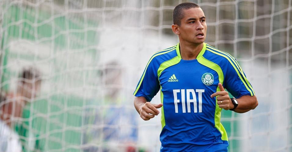 Wellington Paulista treina pela primeira vez com o time do Palmeiras (08/04/2011)