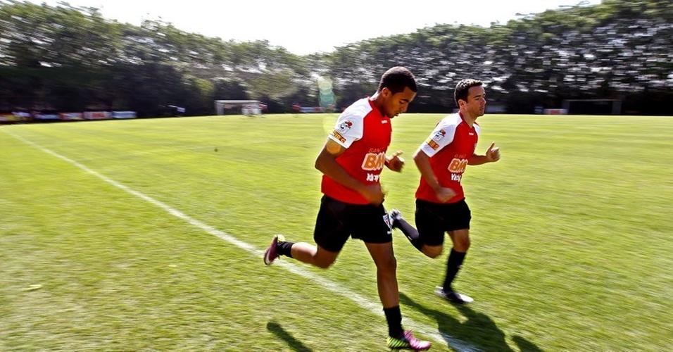 Lucas e Juan treinam no São Paulo