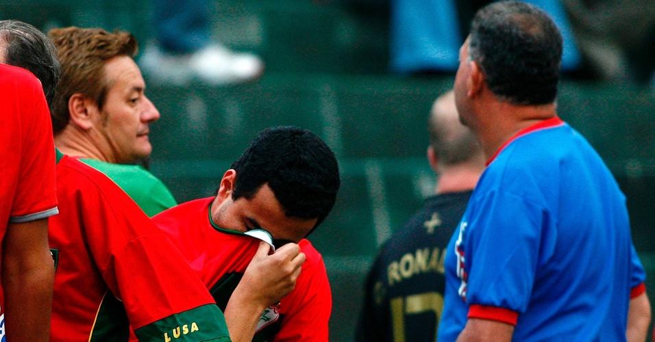 Torcedores lamentam a volta da Portuguesa para série B do Campeonato Brasileiro (30/11/2008)