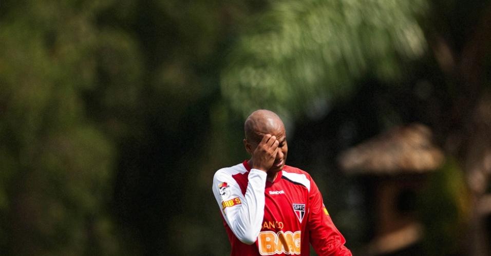 Alex Silva durante treino do São Paulo (19/04/2011)