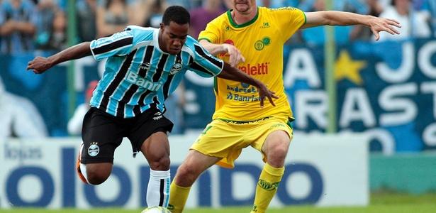 Grêmio foi um dos clubes que Lins defendeu na carreira