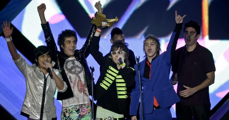 A banda Restart recebe prêmio no MTV Video Music Brasil