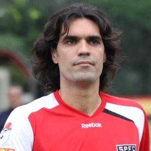 Fernandão teve o contrato rescindido nesta terça e não atuará mais com a camisa do São Paulo