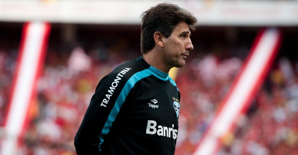 Técnico Renato Gaúcho do Grêmio no Gre-Nal da decisão do segundo turno do Gauchão (01/05/2010)